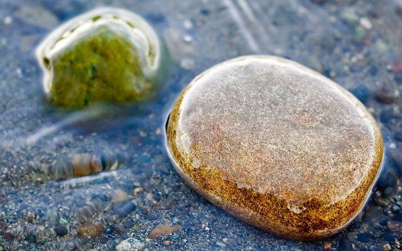 Co to jest kamień w wodzie?