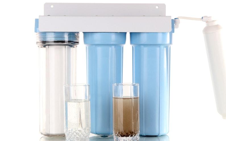 Jaki filtr wybrać do uzdatniania wody w kuchni? Co mamy do wyboru?