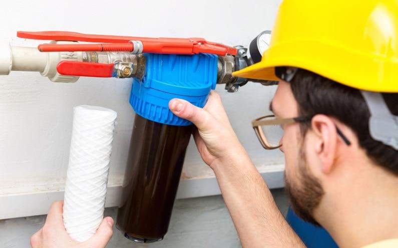 Po co sprawdzać jakość wody w domowej instalacji?