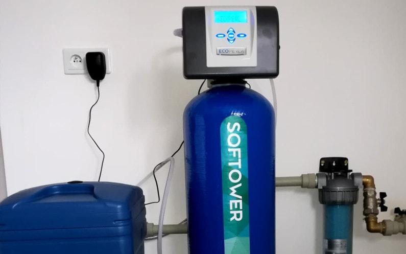 Regeneracja w zmiękczaczach wody – czy zawsze wygląda tak samo?